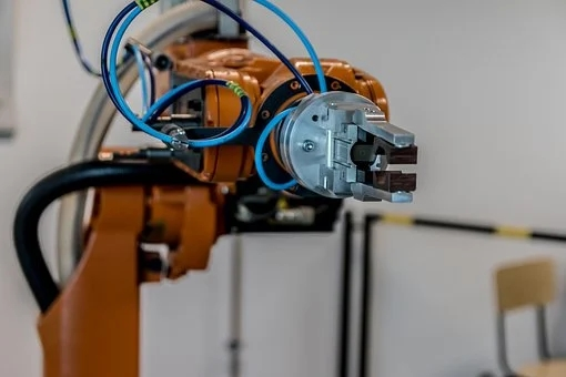 Industrial robot output maintains rapid growth